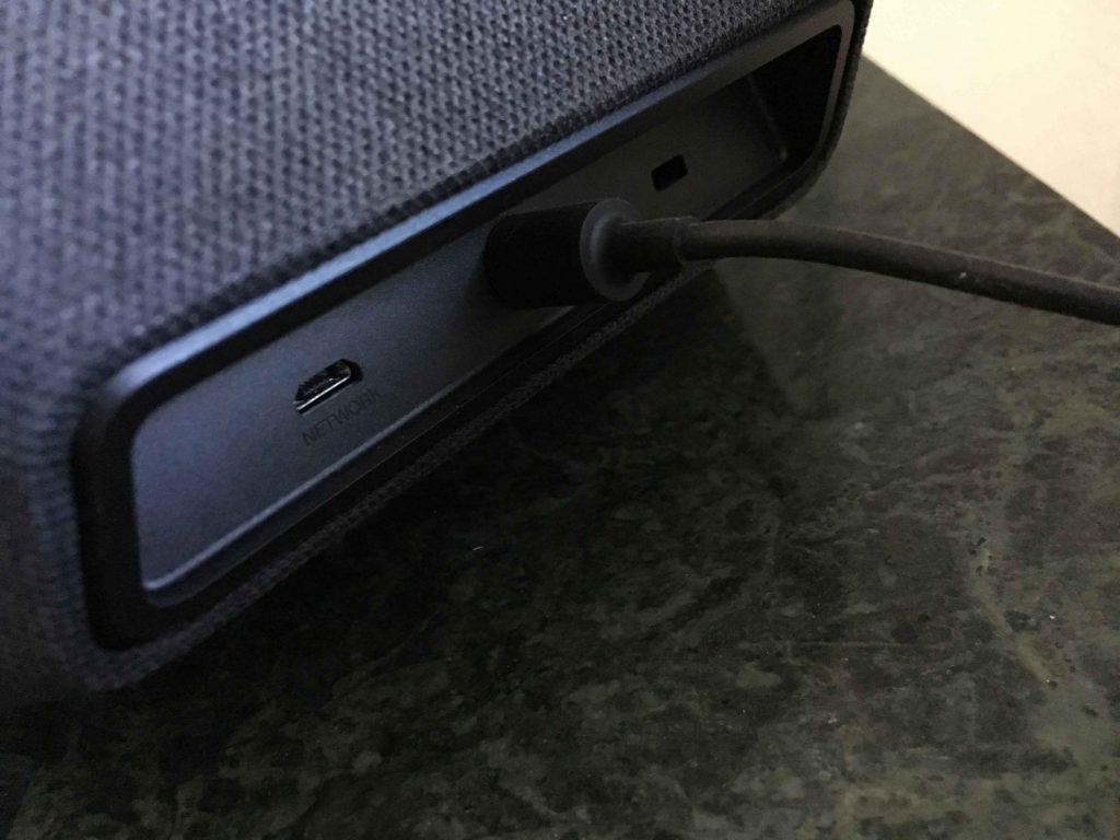 Amazon Echo Show Anschlüsse Rückseite USB
